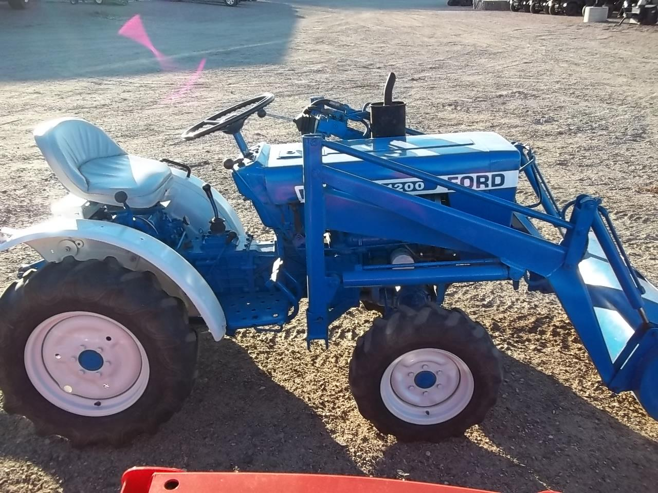Used Ford Lawn Tractor : Where can i find ford garden tractors